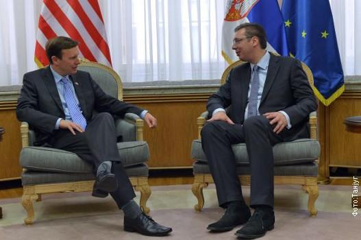 АМЕРИЧКИ СЕНАТОР: САД МОРАЈУ ДА СПРЕЧЕ ДА СРБИЈА ПОСТАНЕ НОВА УКРАЈИНА